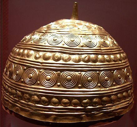 datowane głowy siekiery z epoki brązu randki romans łaciński